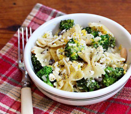 Bow ties with broccoli, etc.