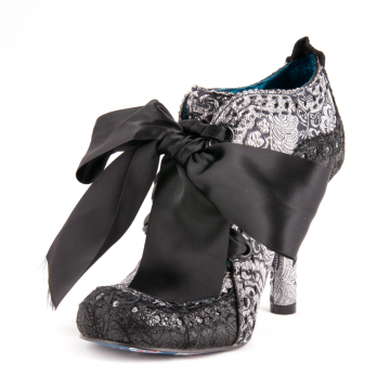 Don't these irregular choice shoes look like they need to be mine?