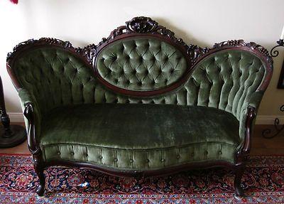 Mobili Vittoriani ~ 1860s victorian rococo revival carved settee love seat green