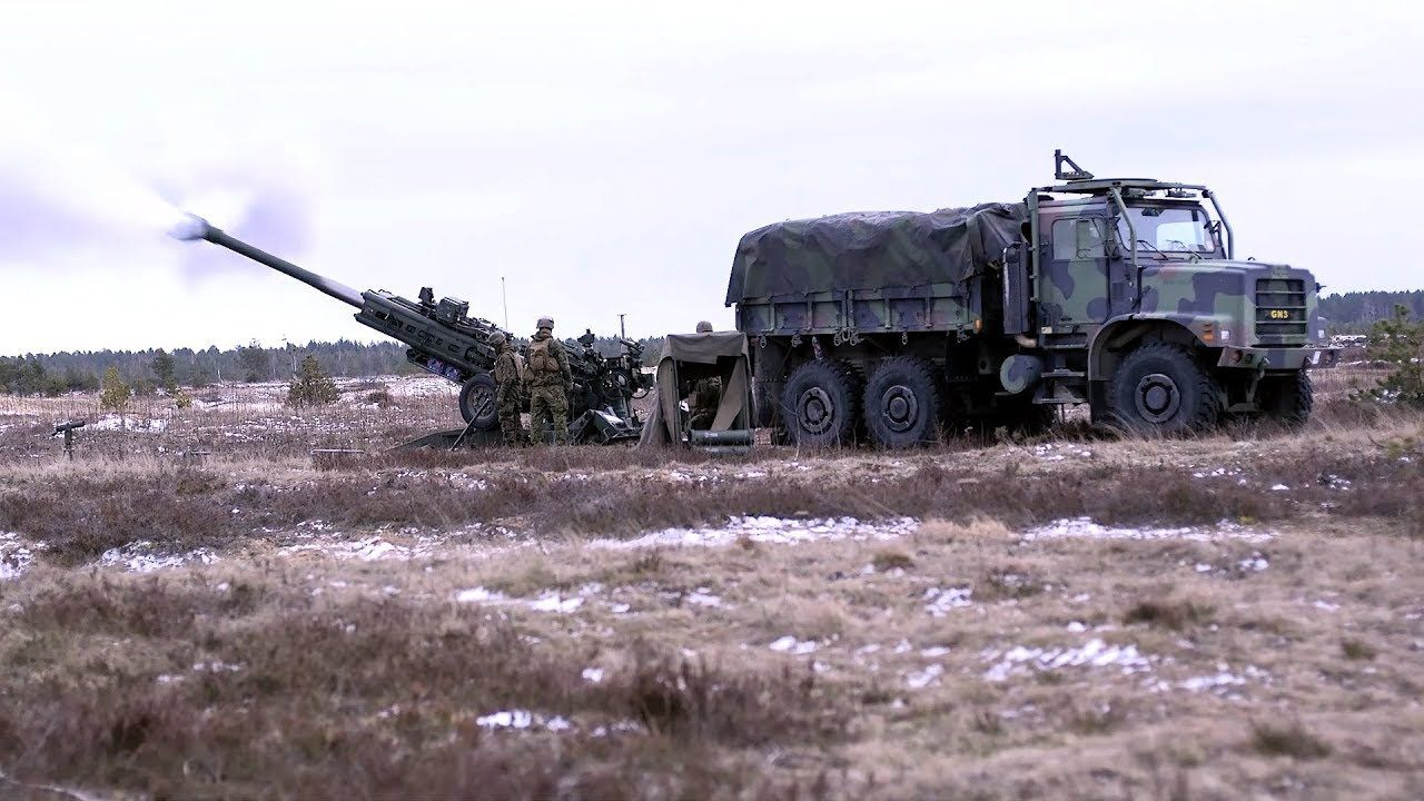 Marines Fire M777 Howitzers Dynamic Front 19 Marines M777 Howitzer Marine Corps