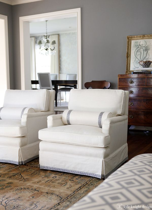 Furniture upholstery refinishing sillones for Butacas para comedor