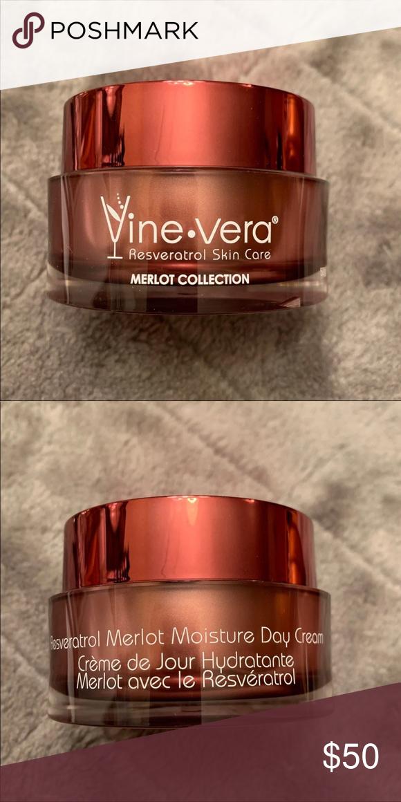 Vine Vera Merlot Moisture Day Cream New In 2020 Lush Moisturizer Vera Moisturizer
