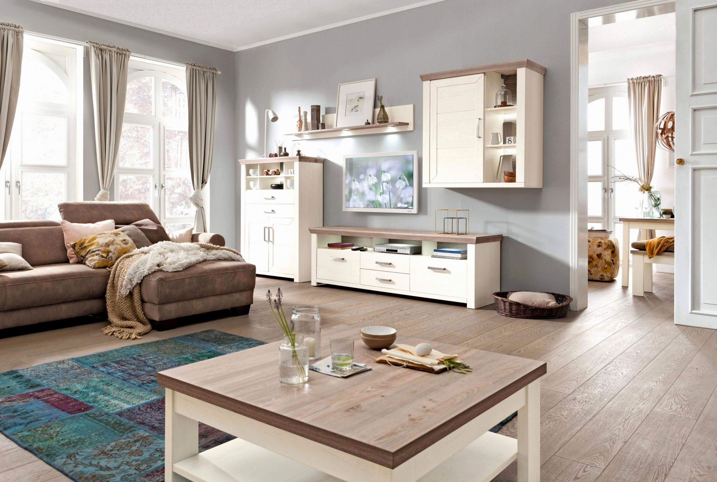 8 Wohnzimmer Moderner Landhausstil in 8  Home design living