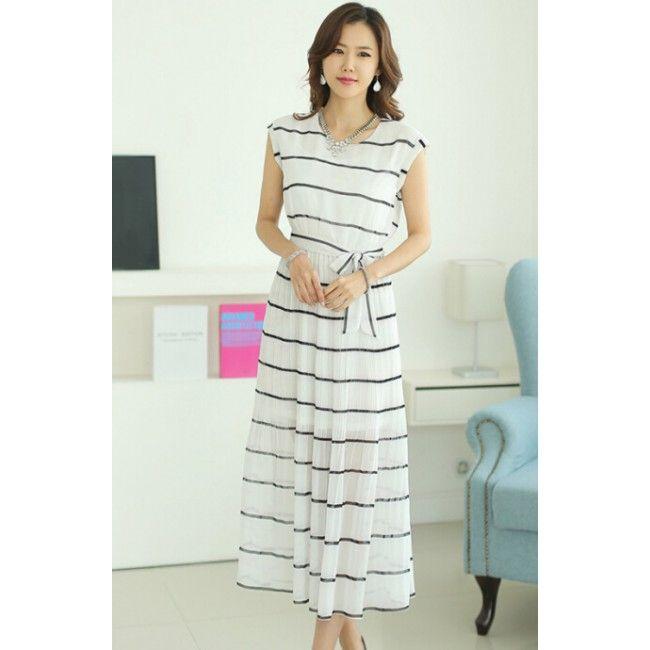 Bohemian Round Neck Striped Chiffon Sleeveless Women's Maxi Dress
