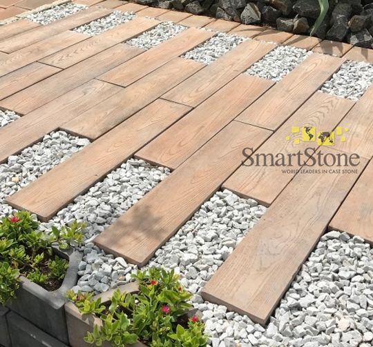 Browse our DIY garden landscaping ideas and create something unique during lockdown – without spending an arm and a leg.  #SmartStoneSA #Paving #PavingIdeas #LandscapingProducts #Flagstones #Pavers #GardenWalkway #GardenPath #Hardscaping #Landscaping #GardenLandscaping #DIYGardenDesign
