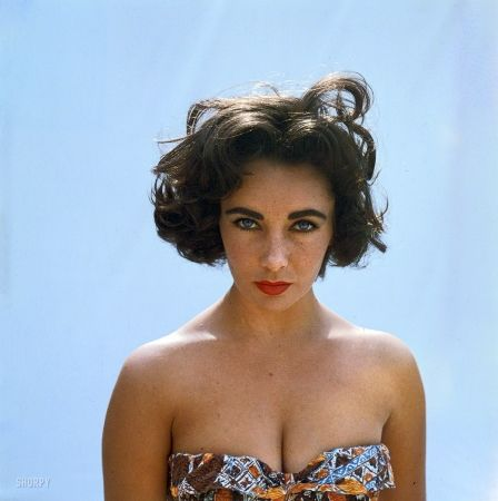 Stunning Color Photo Of A Young Elizabeth Taylor Richard Avedon Elizabeth Taylor Elizabeth