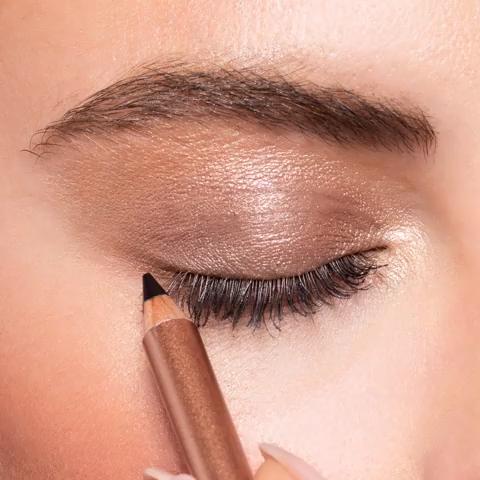 Photo of Smokey Eyeliner