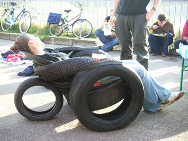 tire lounge chair | furniture | Pinterest | Tired, Tire ...