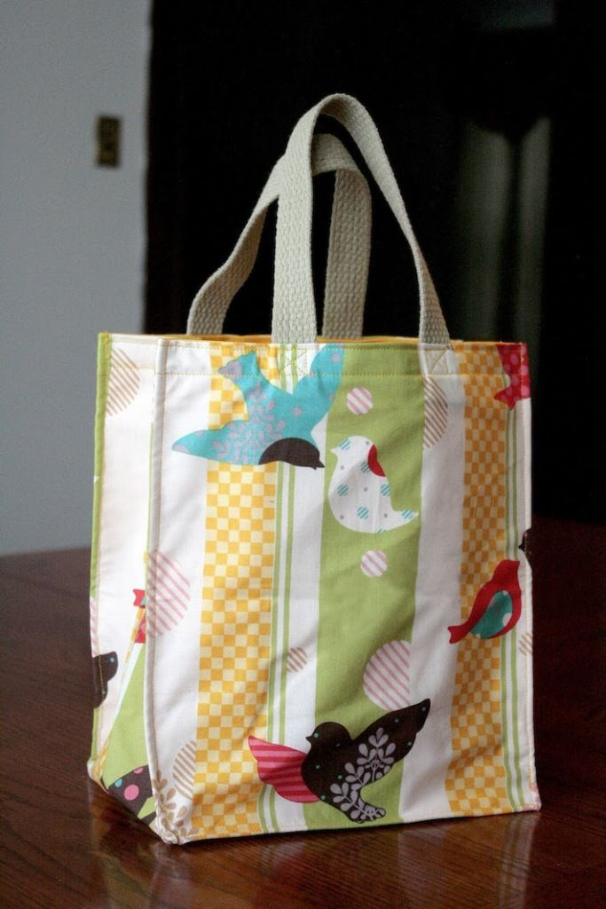 The incredible hour tote bag easy sewing pattern