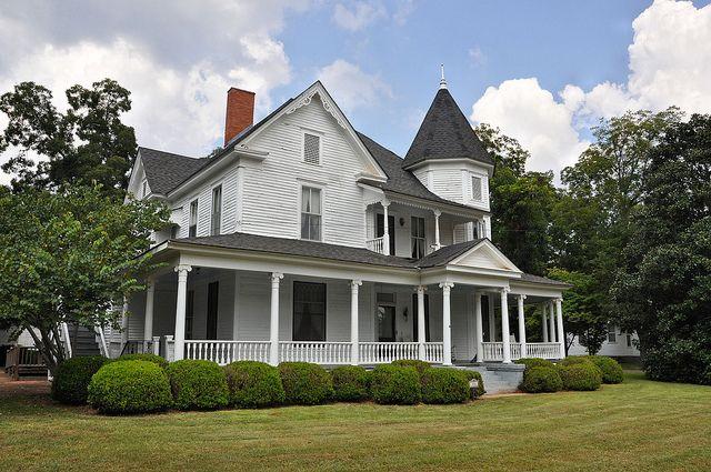 Plains Ga Vanishing South Georgia Photographs By Brian Brown Colonial House Historic Homes Victorian Homes