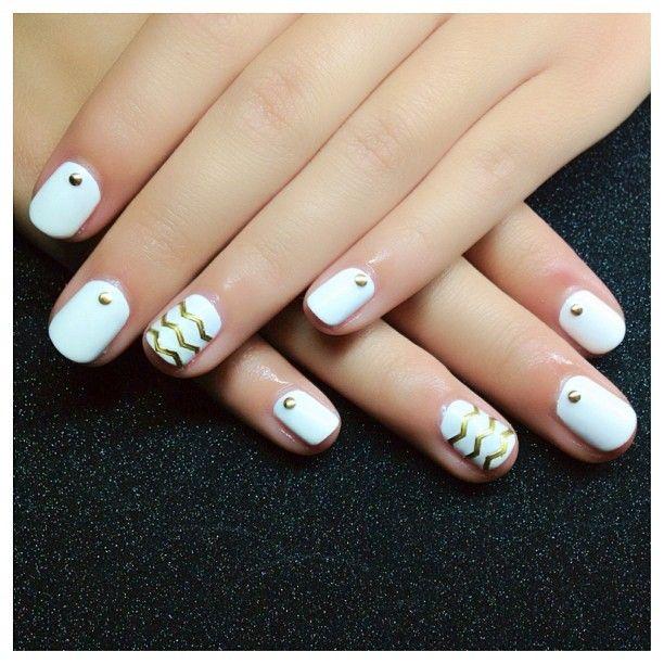 blanco dorado Uñas Pinterest Diseños de uñas, Decoración de - uas modernas