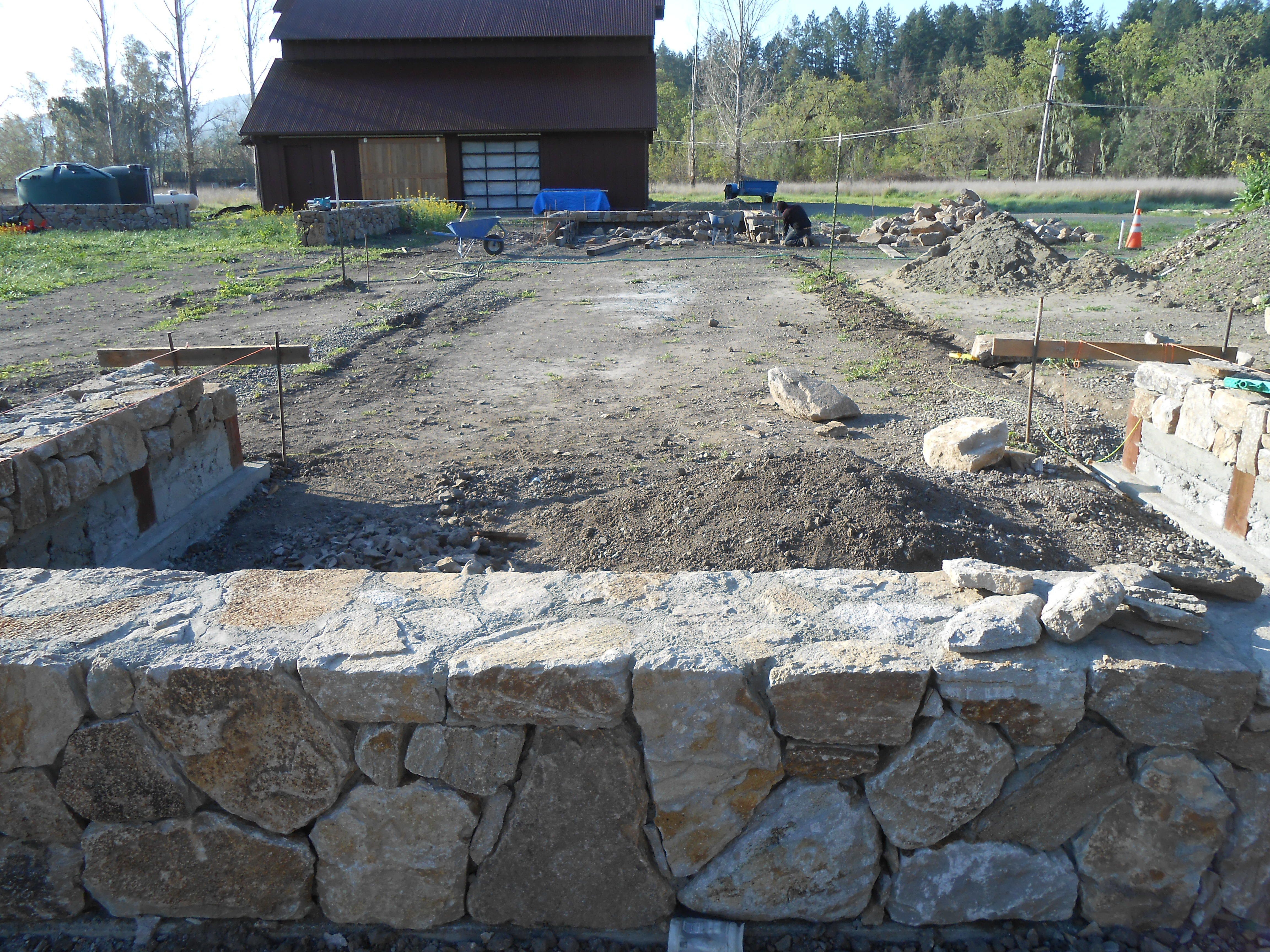 #Stone Walls Ready For The #Boccecourt Installation In The #Bayarea