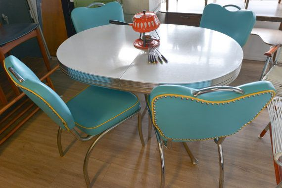 Mid Century 50 S Chrome Dining Set With 4 Chairs By Themodernvault