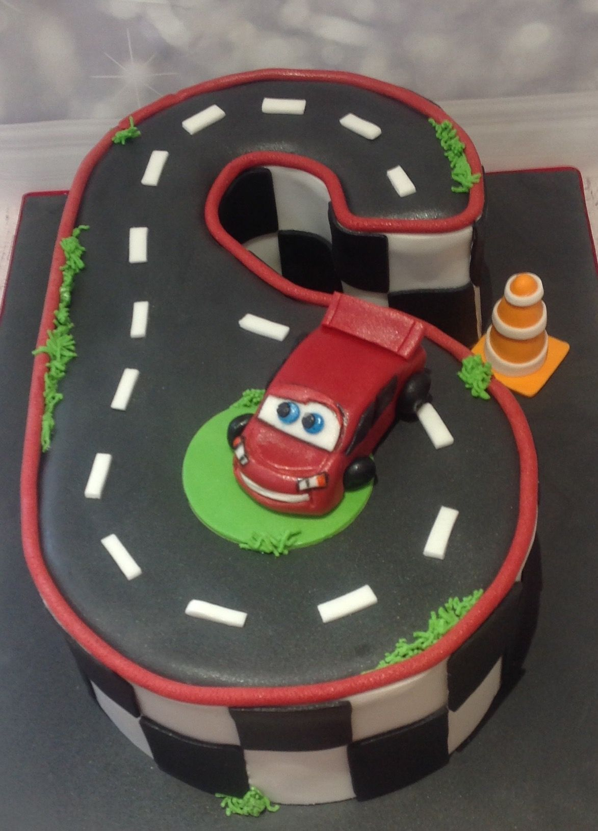 Miraculous Lightning Mcqueen Cars Birthday Cake For A 6 Year Old Lightning Personalised Birthday Cards Veneteletsinfo
