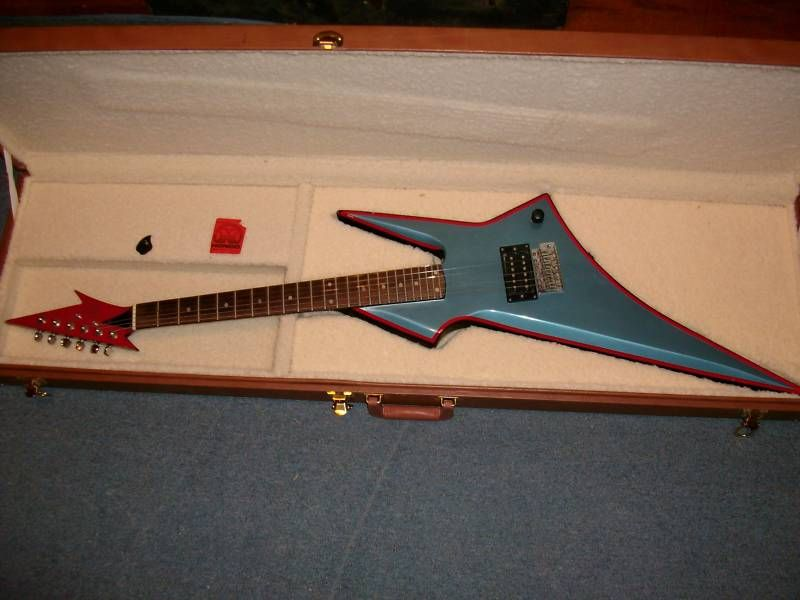 Vintage hondo h1 wicked design guitar stuff pinterest wicked vintage hondo h1 wicked design swarovskicordoba Images