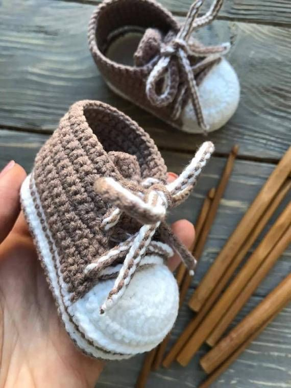 Brown Cacao Baby Sneaker Booties Baby Shower Favors Crochet Baby Boots  Knitted Baby Booties Baby Moccs Photo Prop Booties Newborn Sneakers