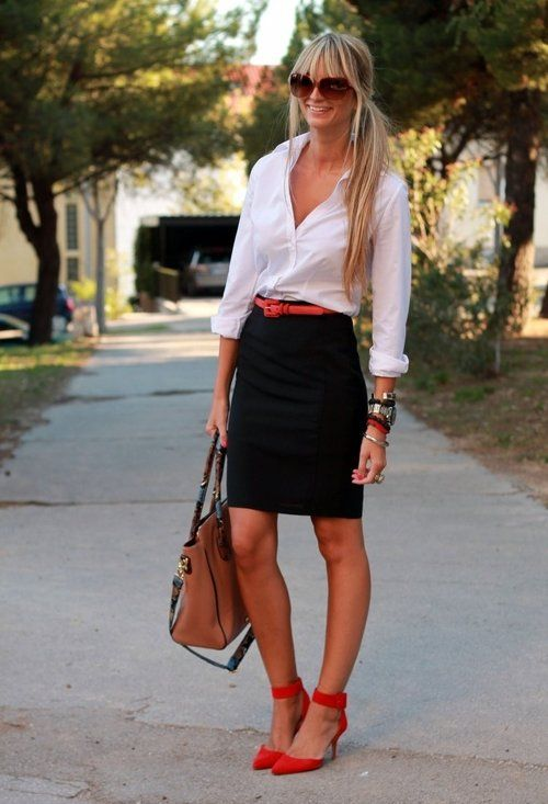 4a86ec76ec53 22 Trendy Street Style With Tube Skirts