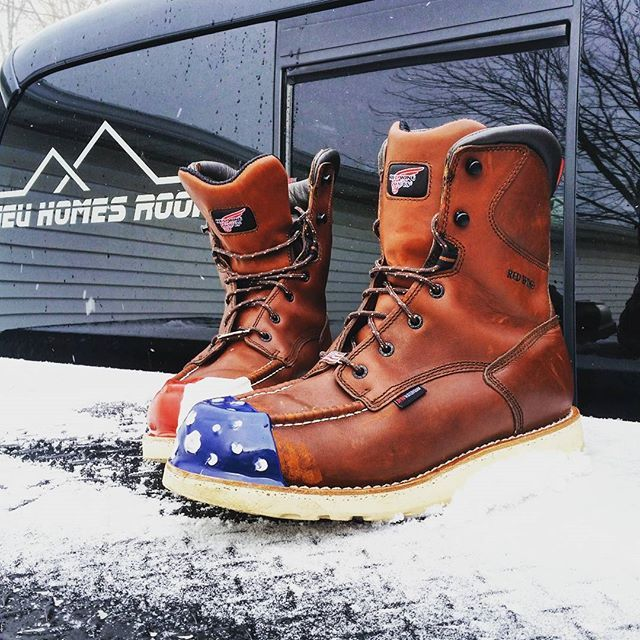 boots, toes, steel toe boots