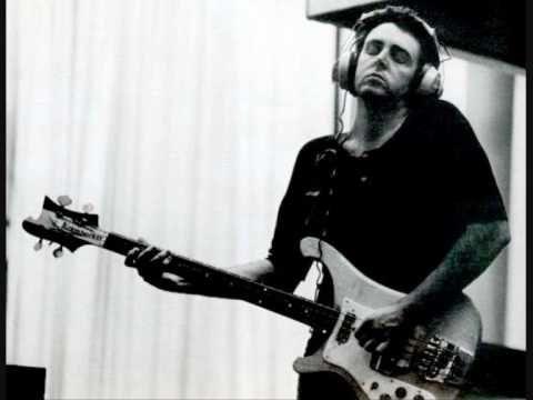 Resultado de imagen de paul mccartney bass