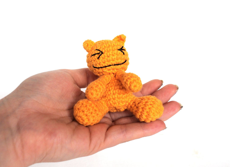 Amigurumi Cat Doll : Crochet cat miniature cat kawaii amigurumi cat doll yellow cat tabby