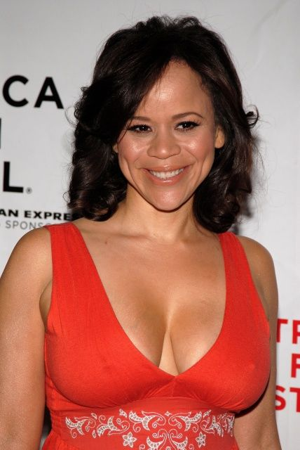 Rosie Perez Net Worth, Bio & Body Measurements ...
