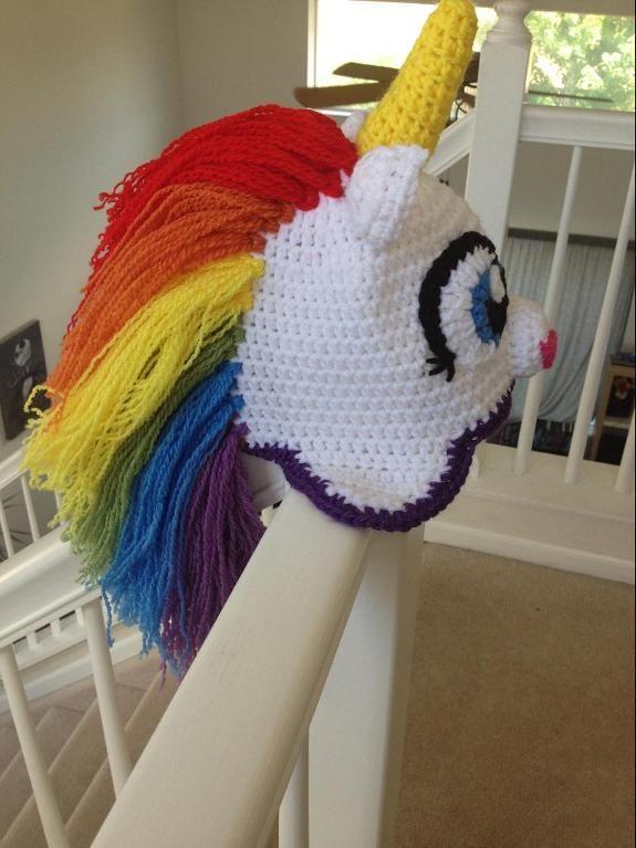 Crochet: Unicorn Hat (free pattern)
