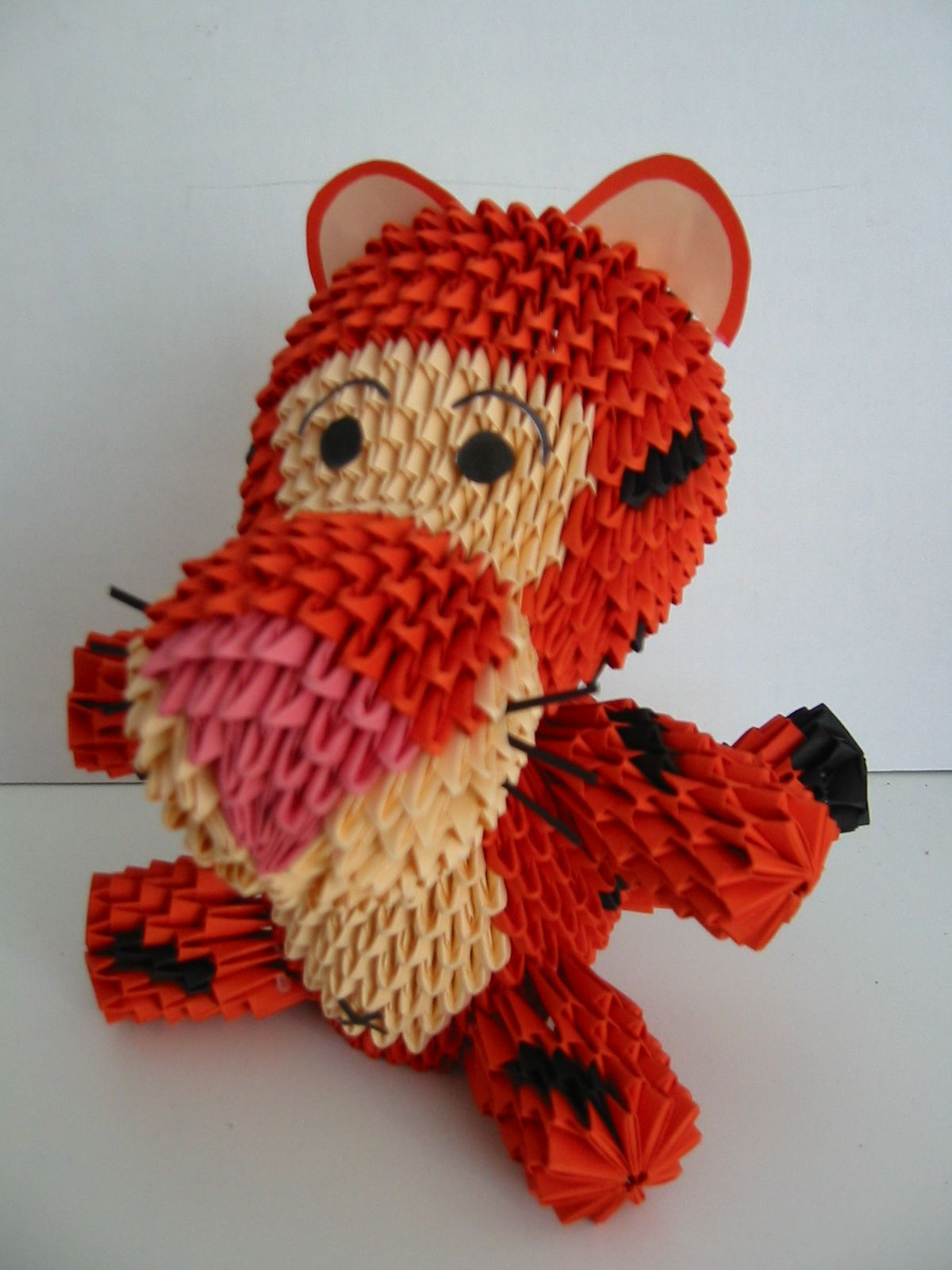 Ashna S Blog 3d Paper Origami Really Cute I Love Tigger And This Is A Great 3d Paper Origami Art Origami Crafts