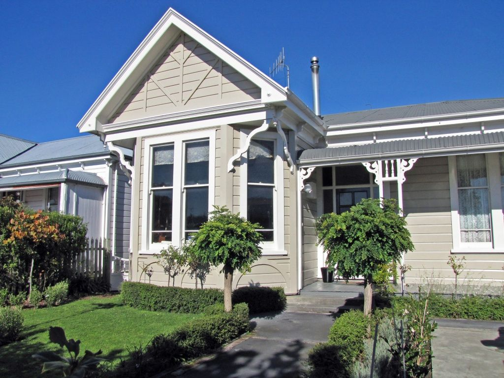 Traditional australia federation exterior inspirations paint - Greige Exterior White Architrave Framework Dark Grey Roof Combination