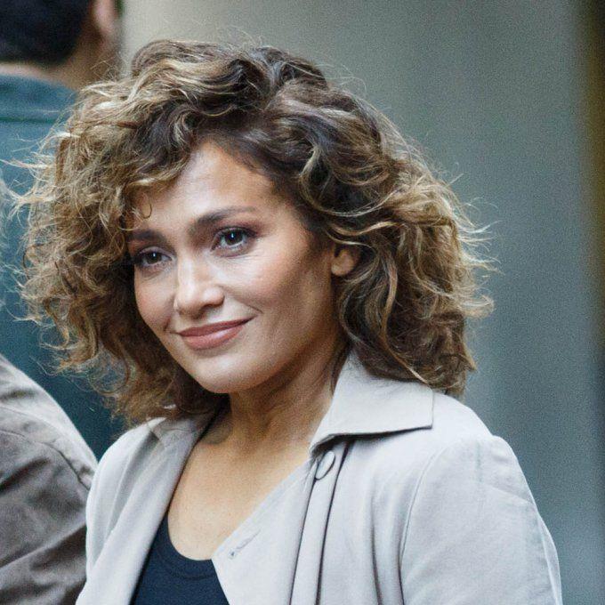 Jennifer Lopez carré bouclé Coiffure, Modele coiffure et