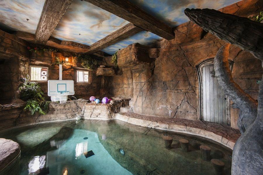 Photo 960 1079996 Luxury Poolside Luxury Swimming Pools Indoor Pool House