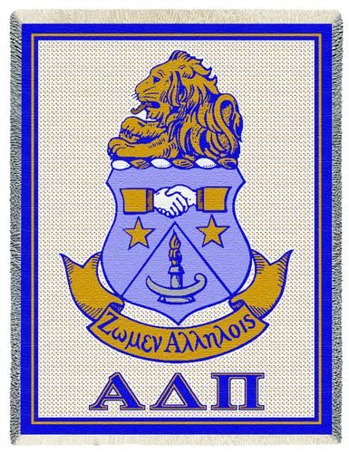 I LOVE OUR CREST!