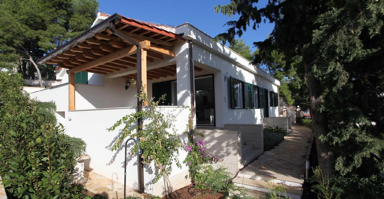 Villas Dalmatia Croatia Peaceful Holiday Home in Brac