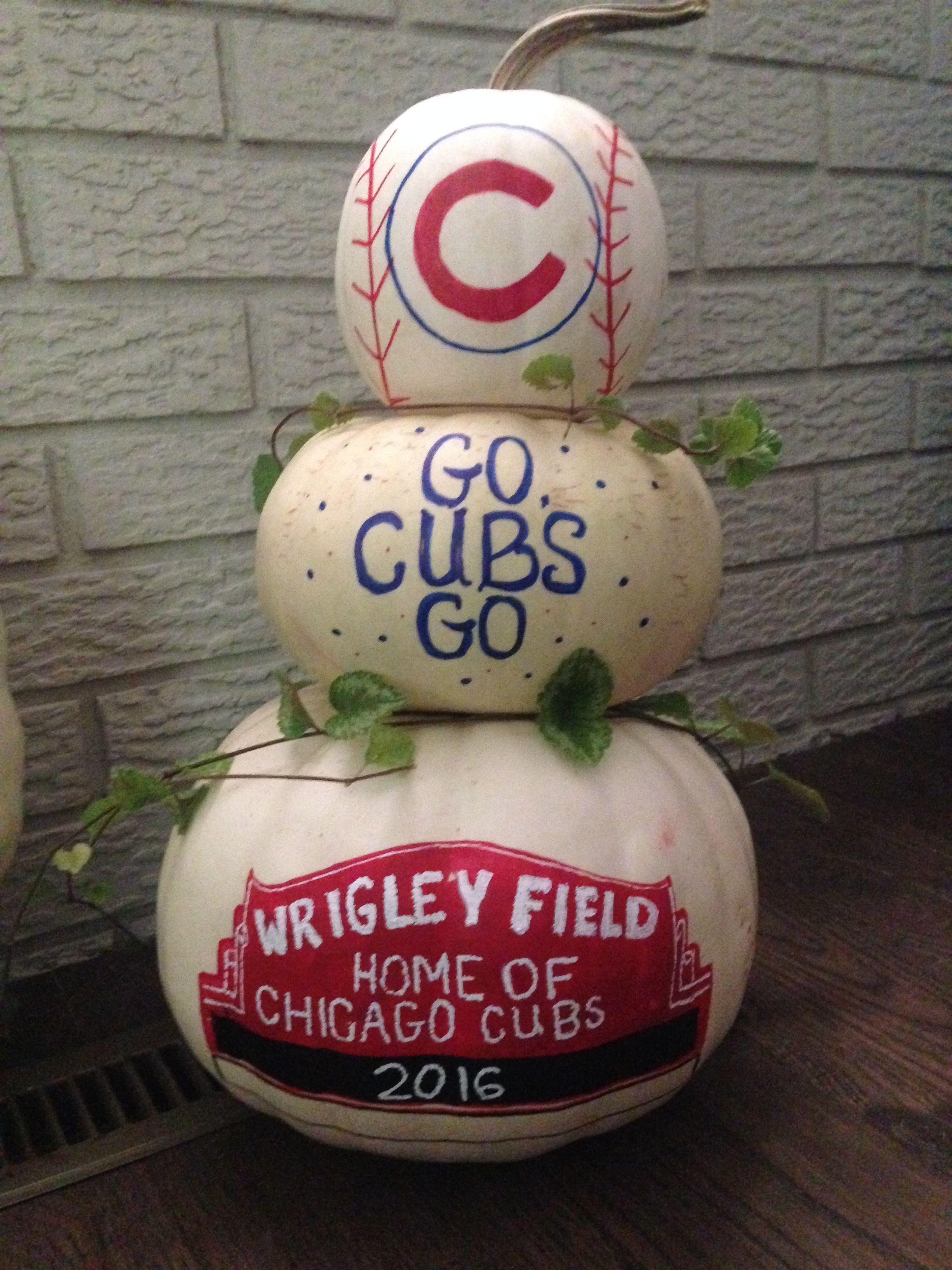 Chicago Cubs 2016 Pumpkin