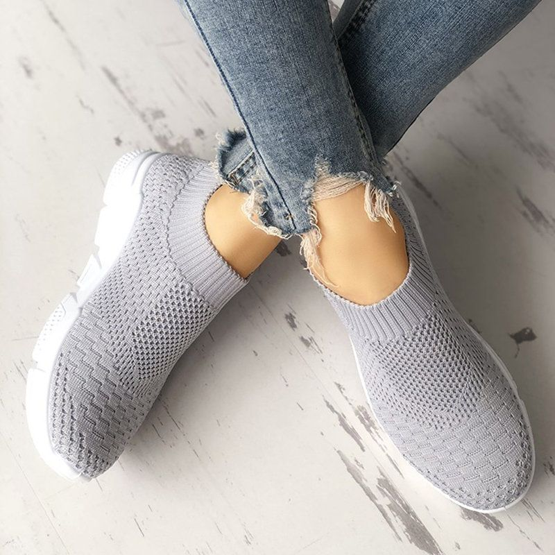 Breathable Elastic Cloth Sneakers