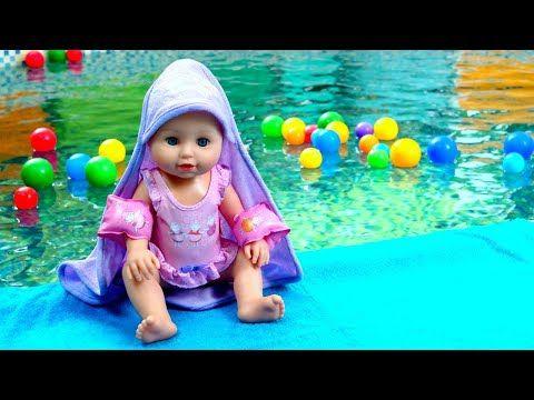 Baby Annabell nukke uima-altaalla. Baby born nuket ja ...