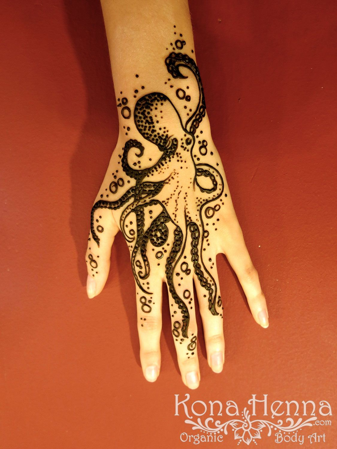 Animal Hands Tattoos : animal, hands, tattoos, Henna, Gallery, Hands, Tattoo, Designs,, Inspired, Tattoos,