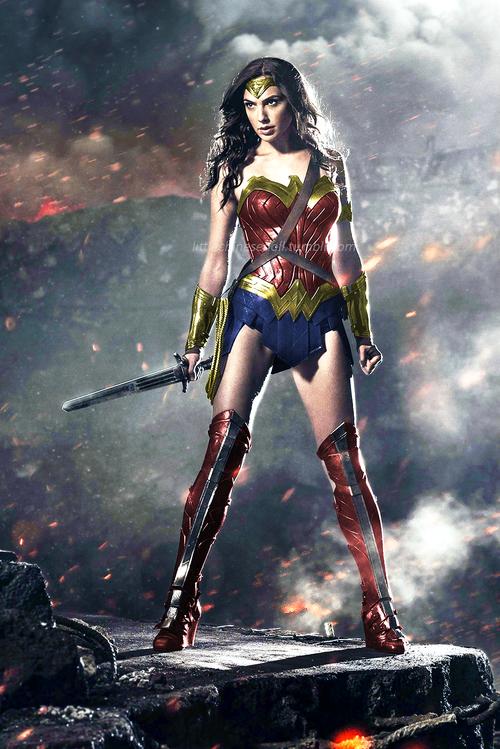 Gal Gadot Wonder Woman Brighter Colors Google Search Gal Gadot Wonder Woman Wonder Woman Wonder Woman Cosplay