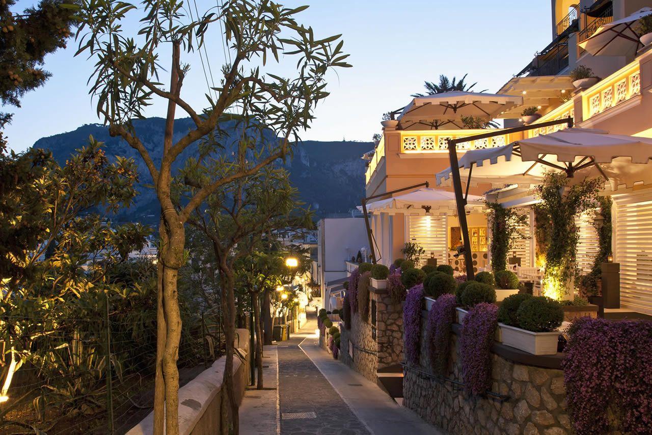 Capri Tiberio Palace Sito Ufficiale: Hotel di Lusso a Capri - Luxury hotels in Capri - Ristorante Kosher - Kosher Restaurant