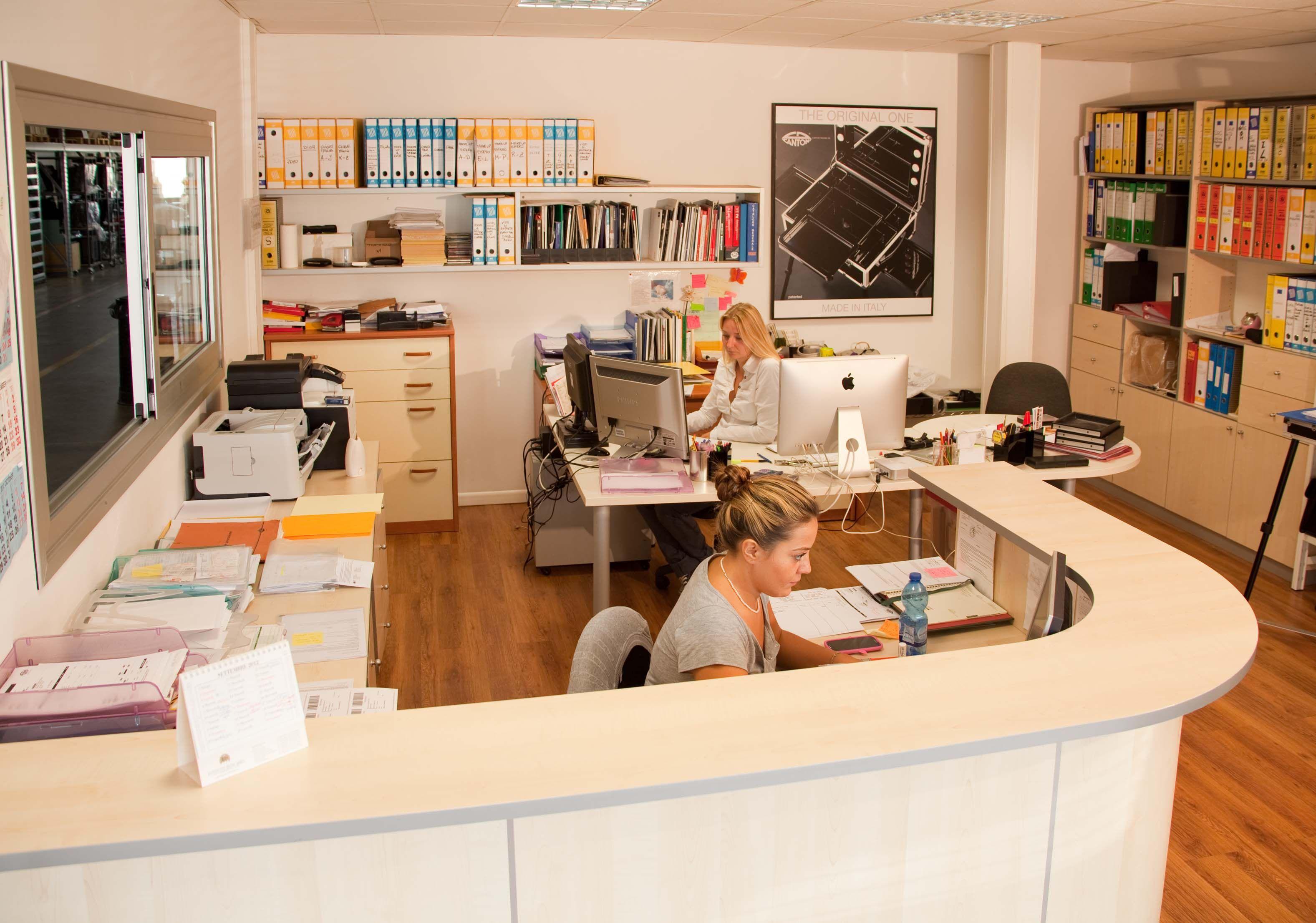 Administrative @Cantoni Make Up Stations Make Up Stations Office. #makeupstation #cantonioffice #cantoniadministrative