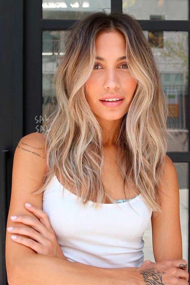 Voir couleur de cheveux blond