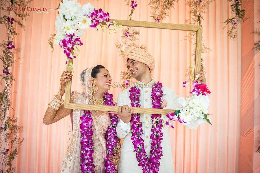 25 Lightweight Jaimala Designs For A Minimal Elegant Look Indian Wedding Decorations Minimal Wedding Decor Home Wedding Decorations