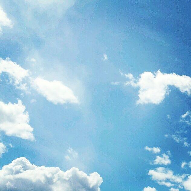 Blue skies. La mia anima si riempiva dei suoi sorrisi, della sua danza.