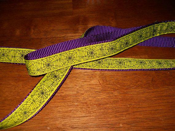 Spider web leash $12