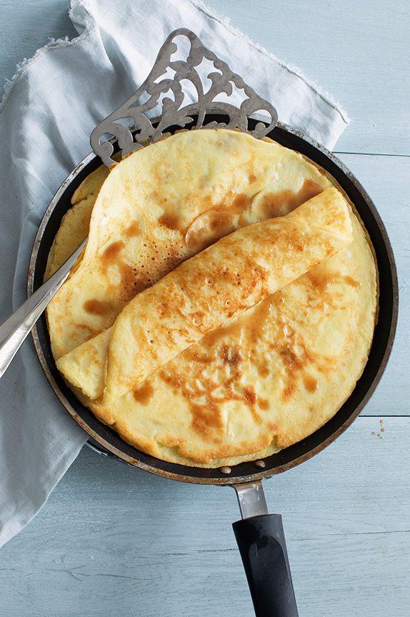 Basisrecept voor de lekkerste pannenkoeken is part of No cook meals - Maak heel makkelijk de lekkerste pannenkoeken met dit basisrecept met maar 4 ingrediënten, inclusief variatie tips!