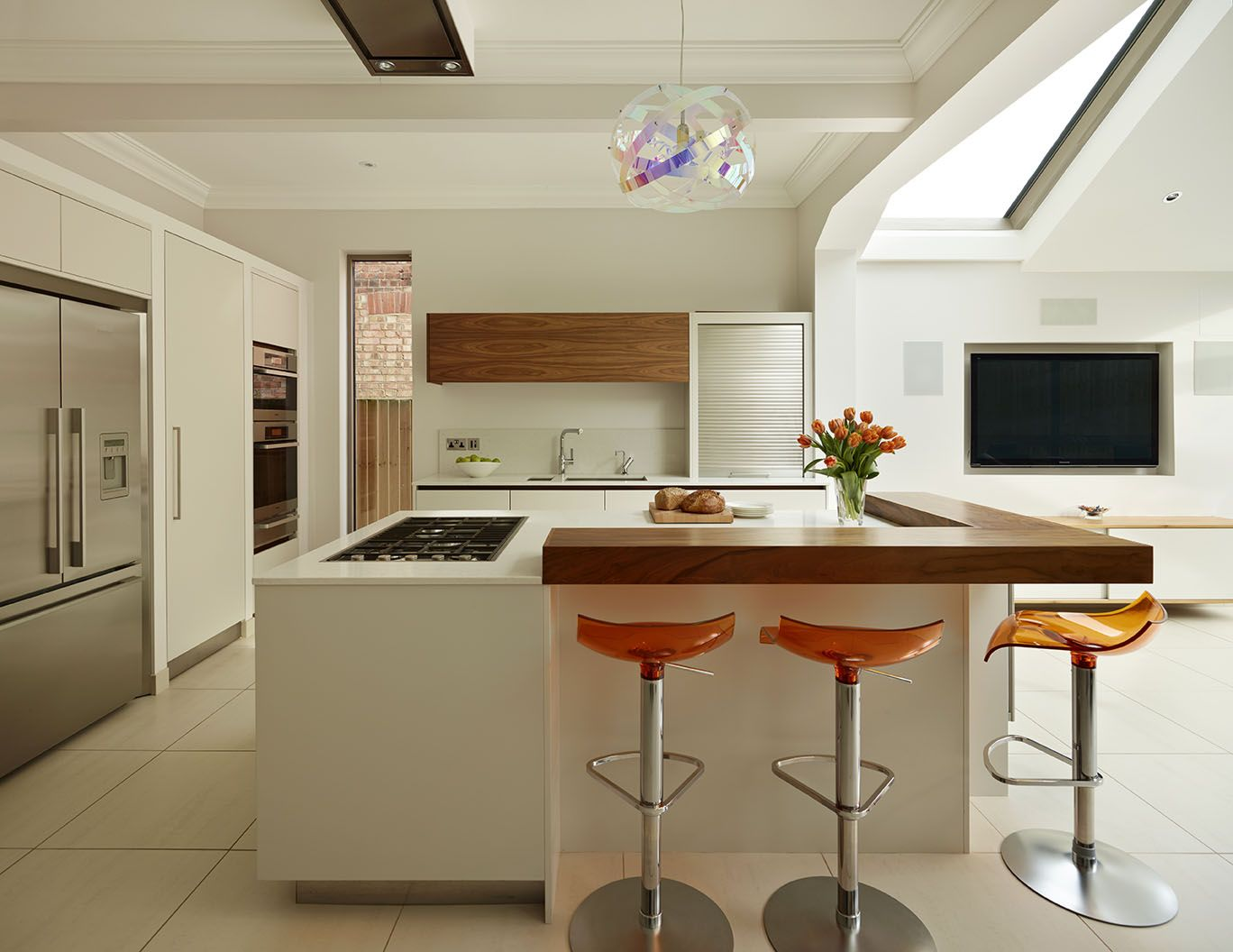 White Lacquer Urbo Bespoke Kitchen Island With Walnut Breakfast