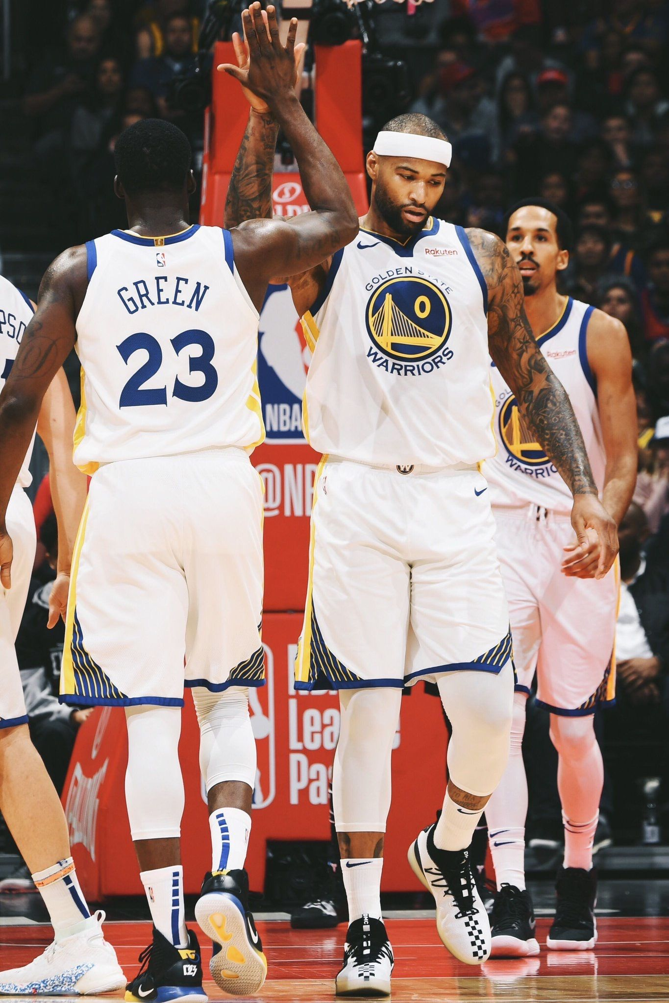 Los Angeles California 1 18 19 Demarcus Cousins Scored 14 Points In His Warriors Debut A 112 94 Victory Over T Golden State Warriors Warrior Golden State