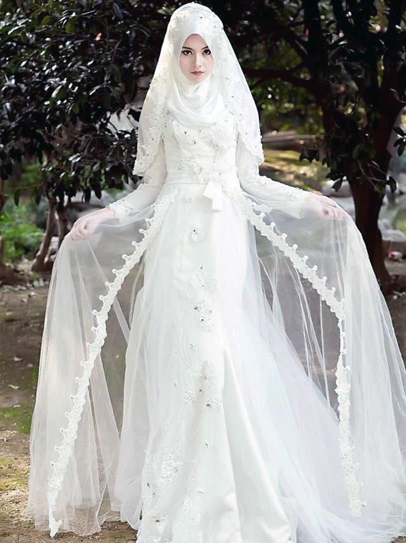 Pin by faye ROBINSON on Models | Pinterest | Models, Wedding dress ...