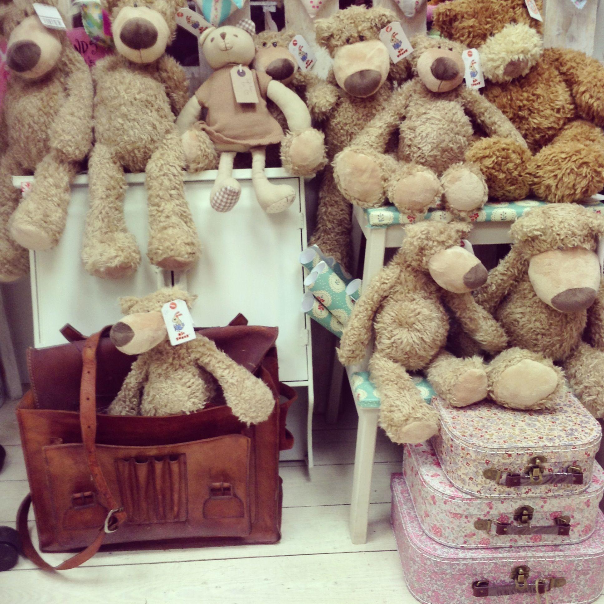 dangle bears