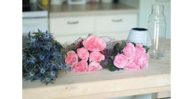 How to Arrange Grocery Store Flowers | Wayfair