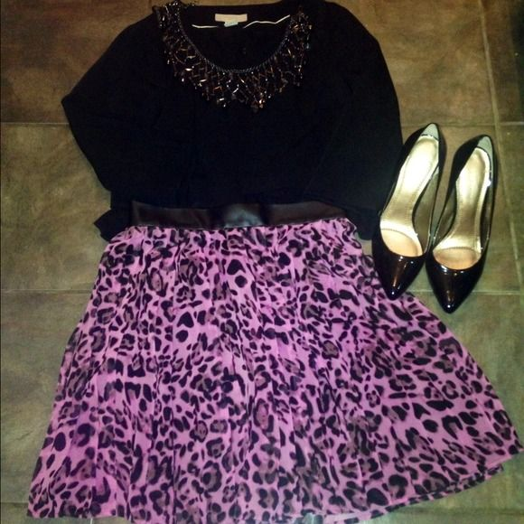 Skirt Beautiful stylish leopard printed skirt in pink and black. Forever 21 Skirts